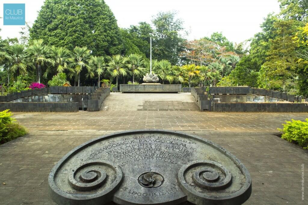 jardin de pamplemousses - Memorial de Sir Seewoosagur Ramgoolam2