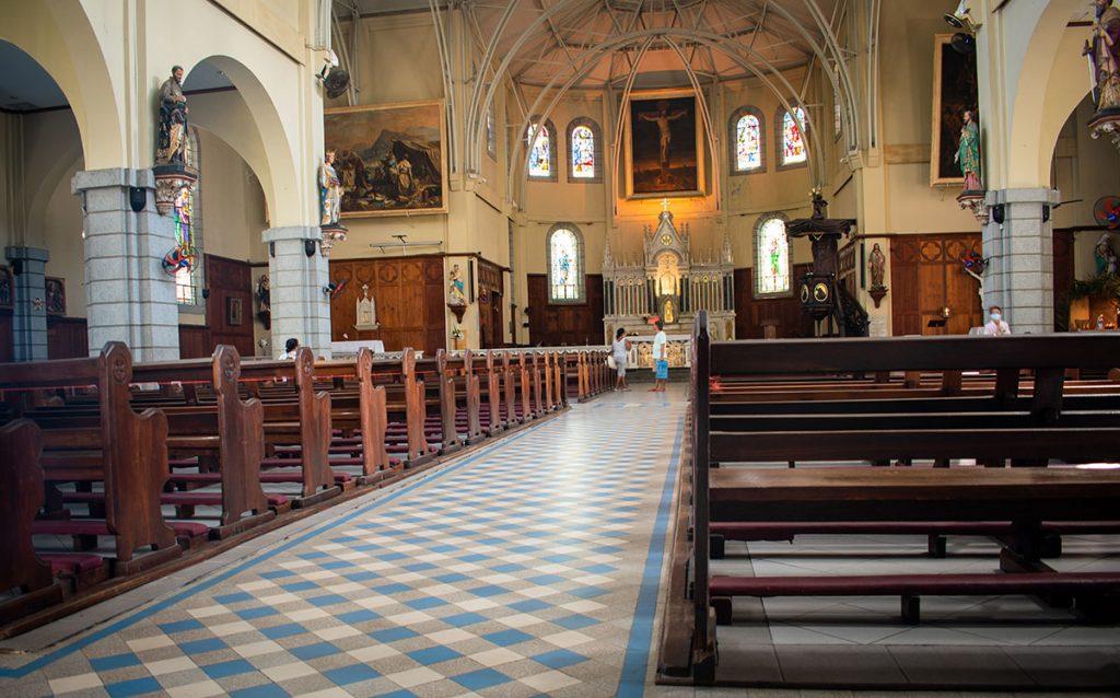Cathédrale Saint Louis Interieur