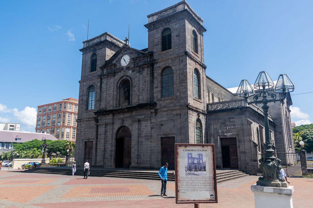 Cathédrale Saint Louis devanture de l'église - Ile Maurice