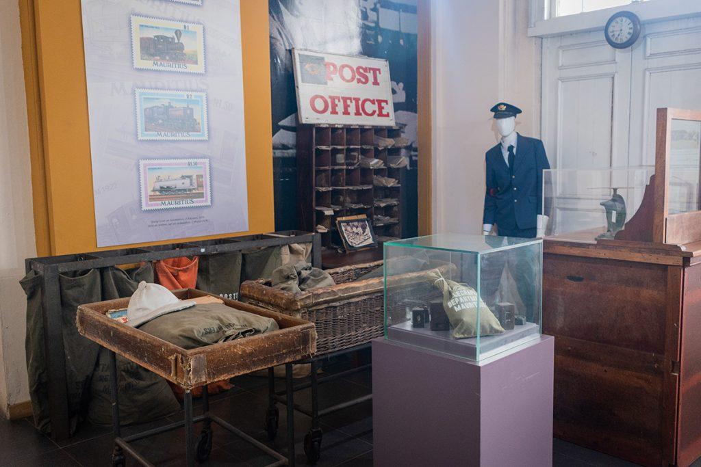 Musée de la poste - comptoir - Ile Maurice